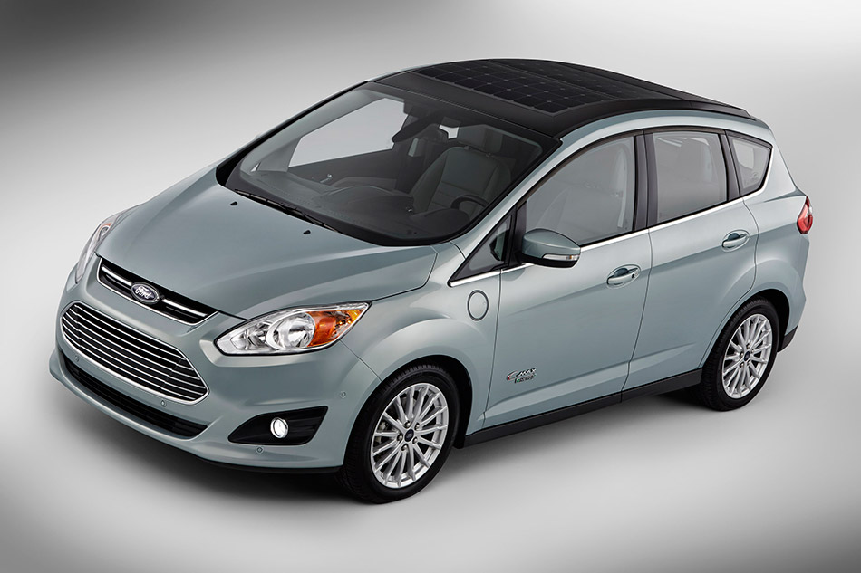 2014 Ford C-MAX Solar Energi Concept Front Angle