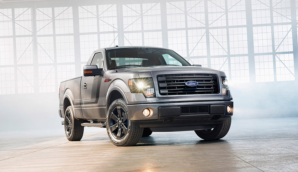 2014 Ford F-150 Tremor Front Angle