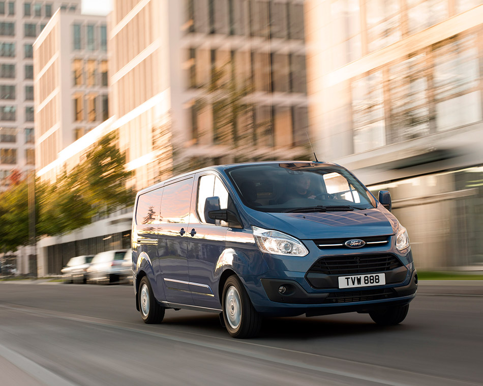2013 Ford Transit Custom Front Angle