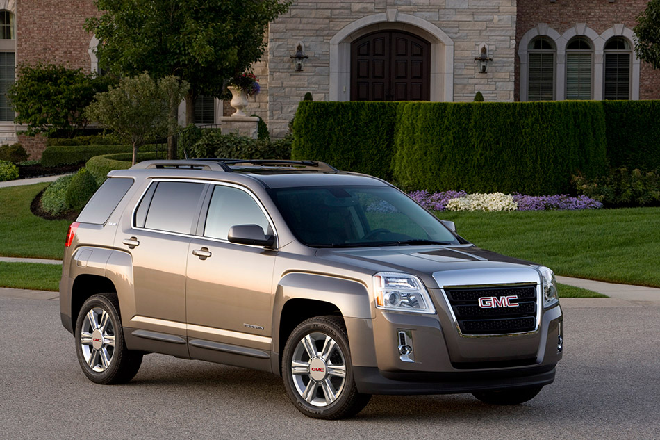 2015 GMC Terrain Front Angle