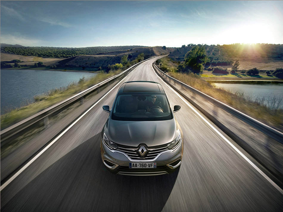 2015 Renault Espace Front Angle