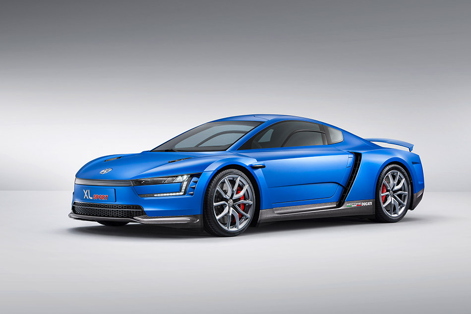 2014 Volkswagen XL Sport Concept Front Angle