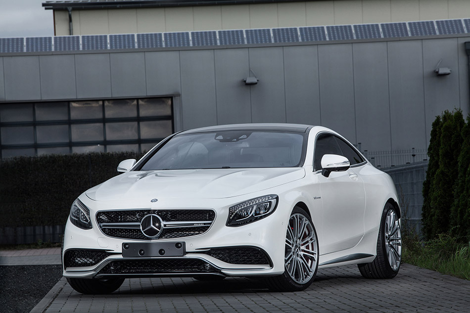 2014 IMSA Mercedes-Benz S63 AMG Coupe Front Angle