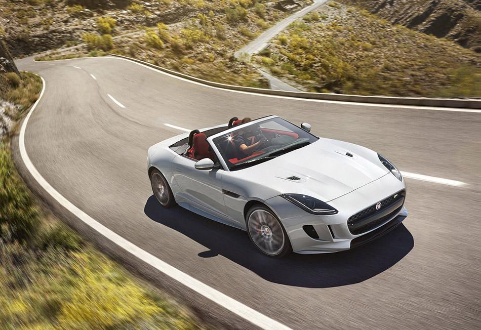 2016 Jaguar F-Type Front Angle