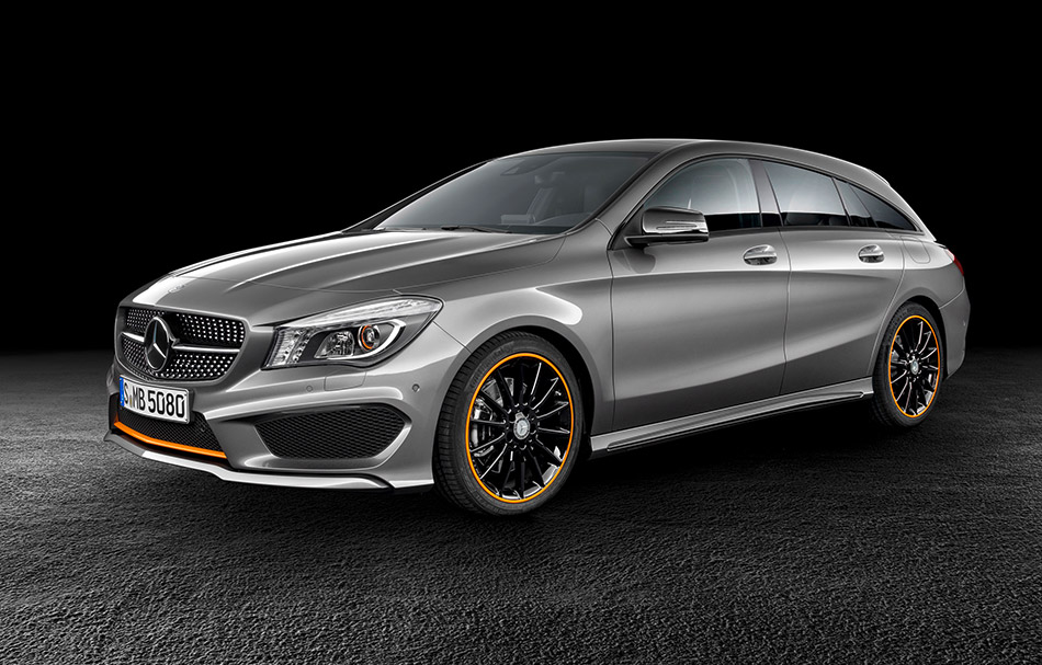 2016 Mercedes-Benz CLA Shooting Brake Front Angle