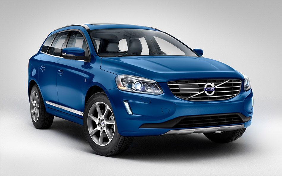 2015 Volvo XC60 Ocean Race Limited Edition Front Angle