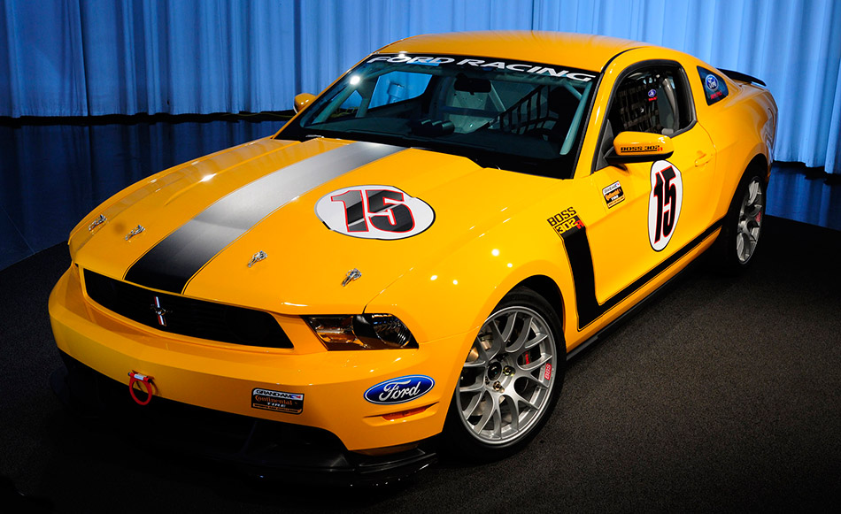 2011 Ford Mustang Boss 302R Front Angle