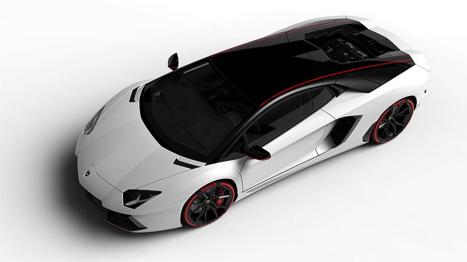 2015 Lamborghini Aventador LP700-4 Pirelli Edition Front Angle