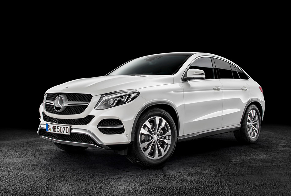 2016 Mercedes-Benz GLE Coupe Front Angle