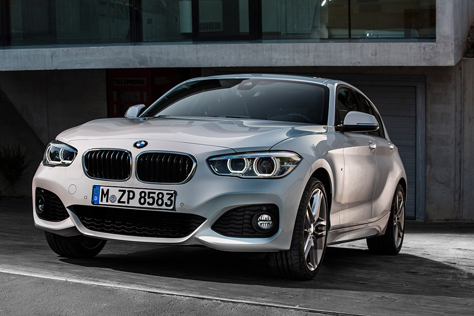 2016 BMW 1-Series Front Angle