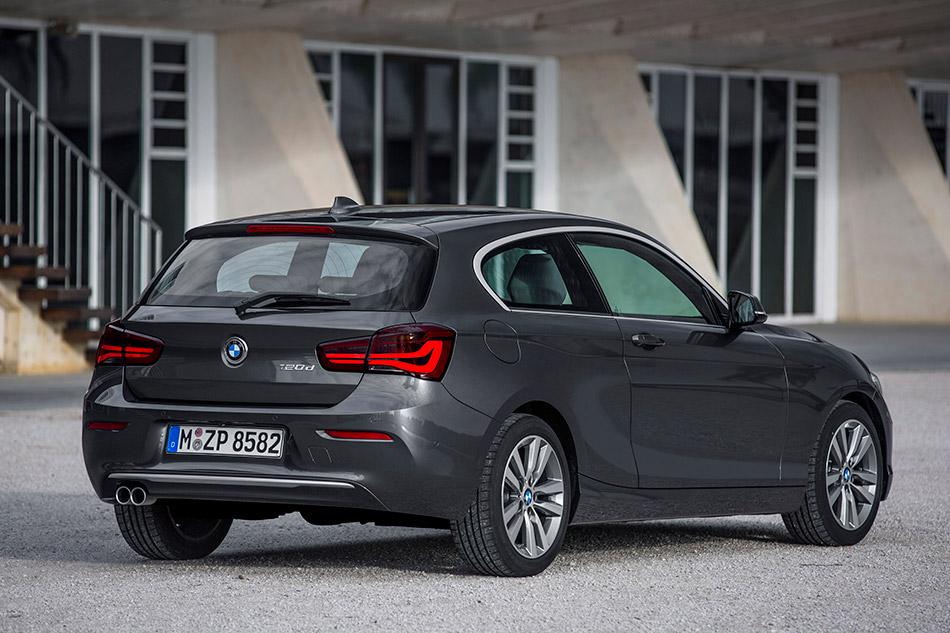 2016 BMW 1-Series 3-door Rear Angle
