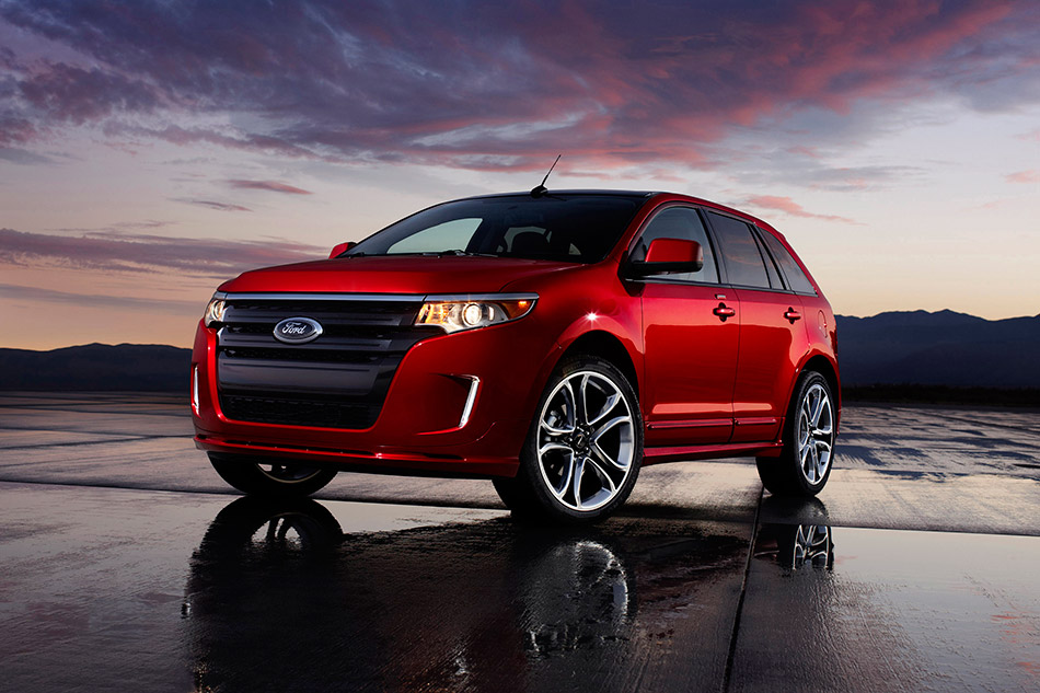 2011 Ford Edge Sport Front Angle