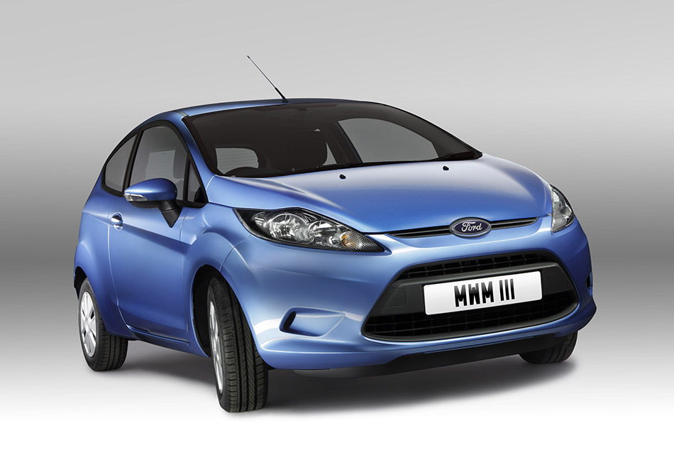 2009 Ford Fiesta ECOnetic Front Angle