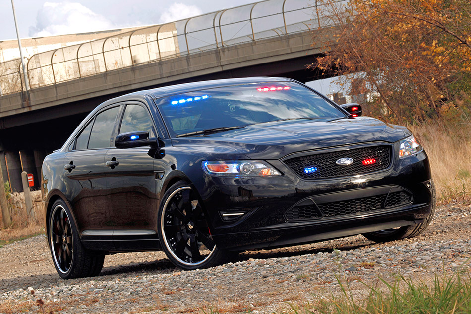 2010 Ford Stealth Police Interceptor Concept Front Angle