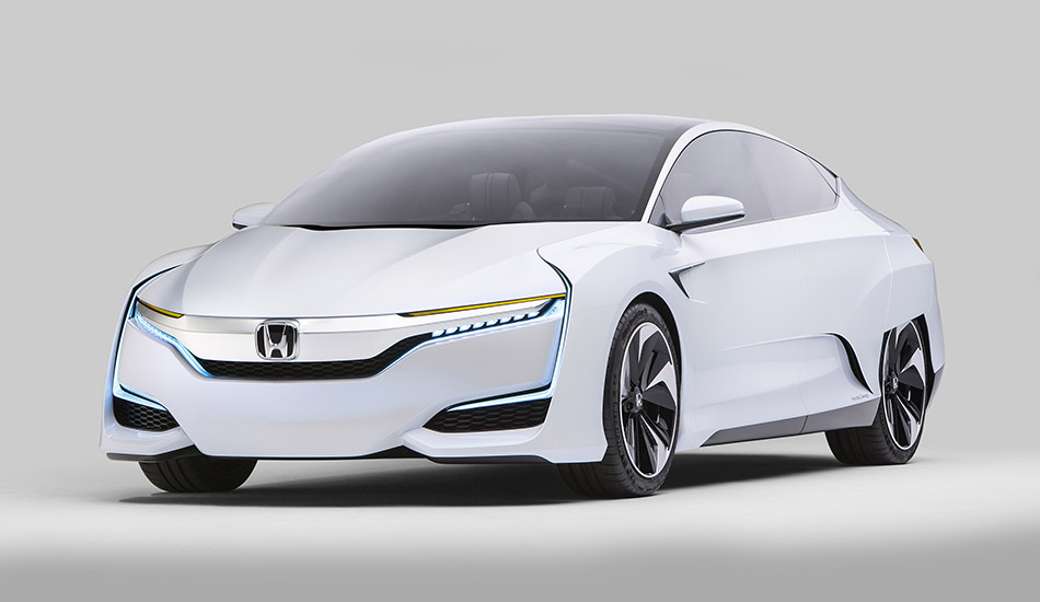 2016 Honda FCV Concept Front Angle