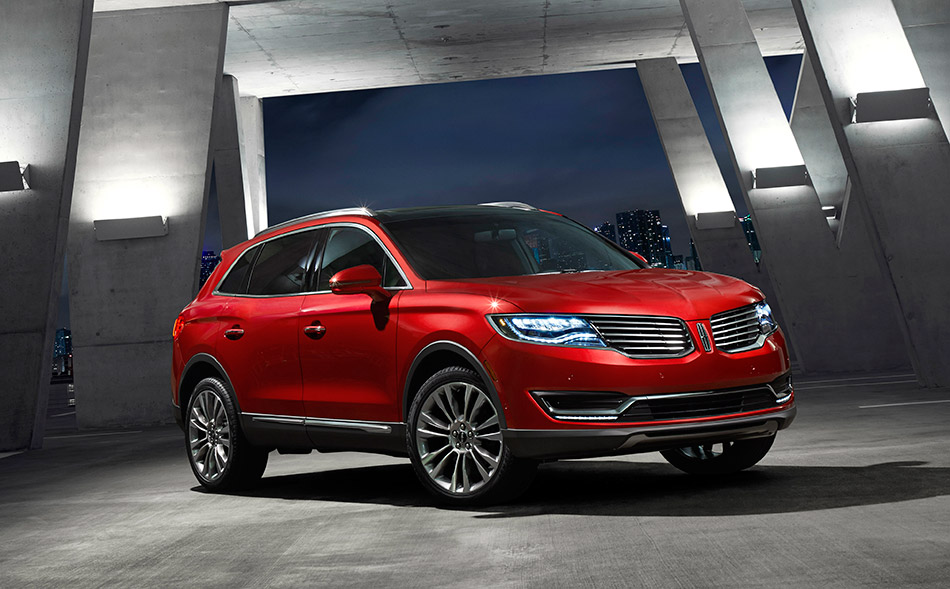 2016 Lincoln MKX Front Angle
