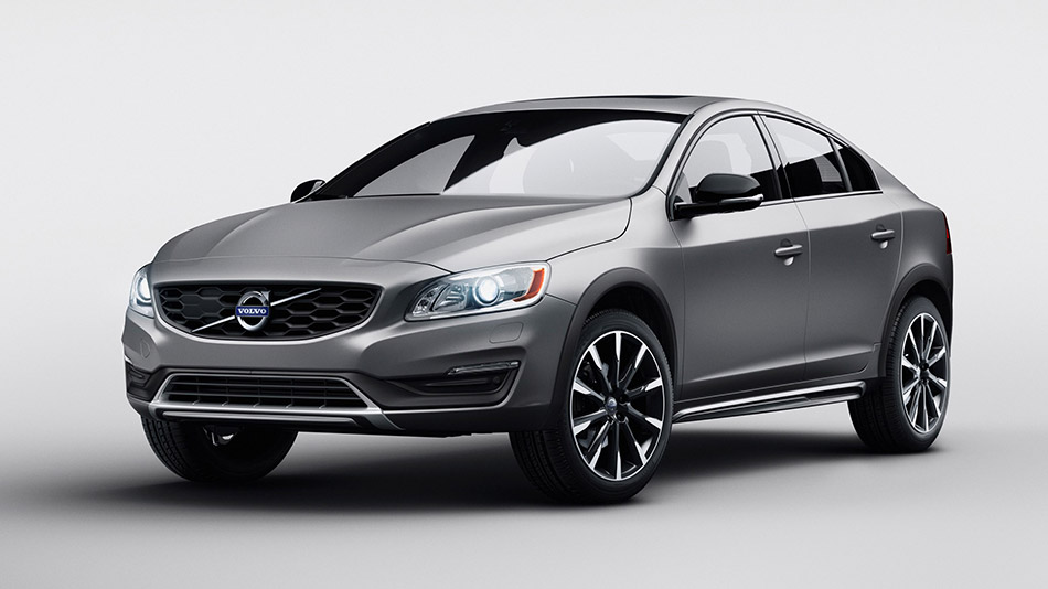 2016 Volvo S60 Cross Country Front Angle