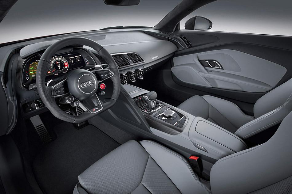2016 Audi R8 V10 plus Interior