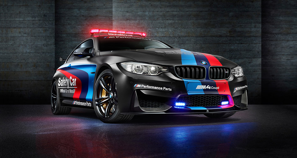 2015 BMW M4 Coupe MotoGP Safety Car Front Angle