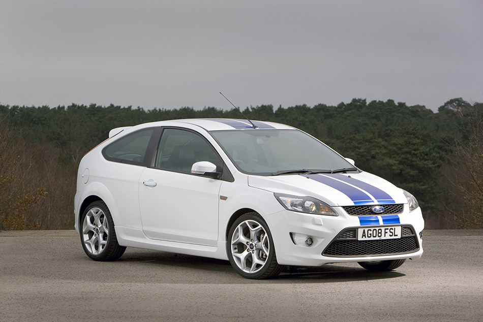 2008 Ford Focus ST Front Angle