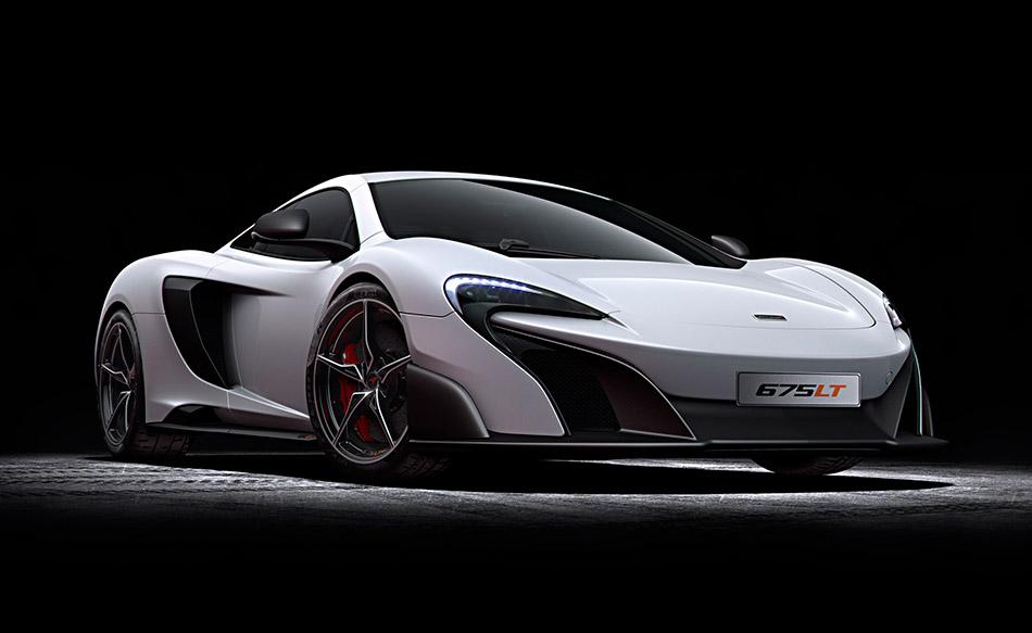 2016 McLaren 675LT Front Angle