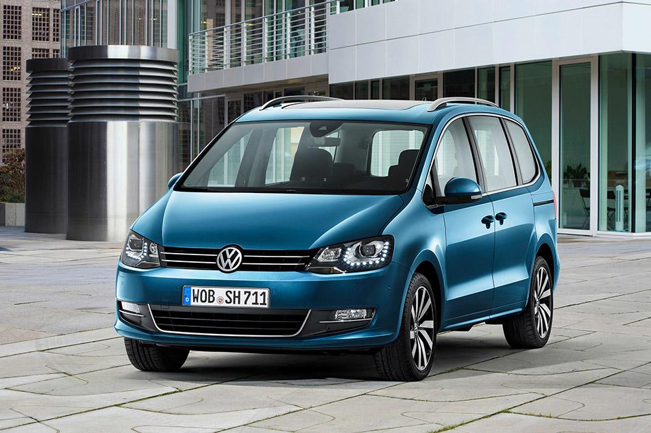 2016 Volkswagen Sharan Front Angle