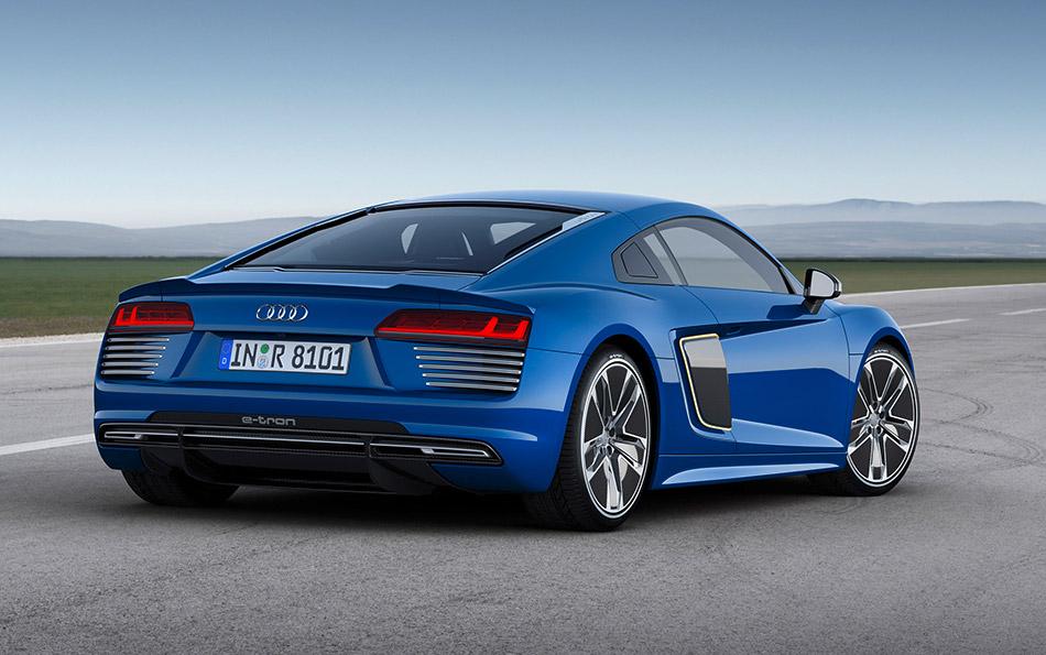 2016 Audi R8 e-tron Rear Angle