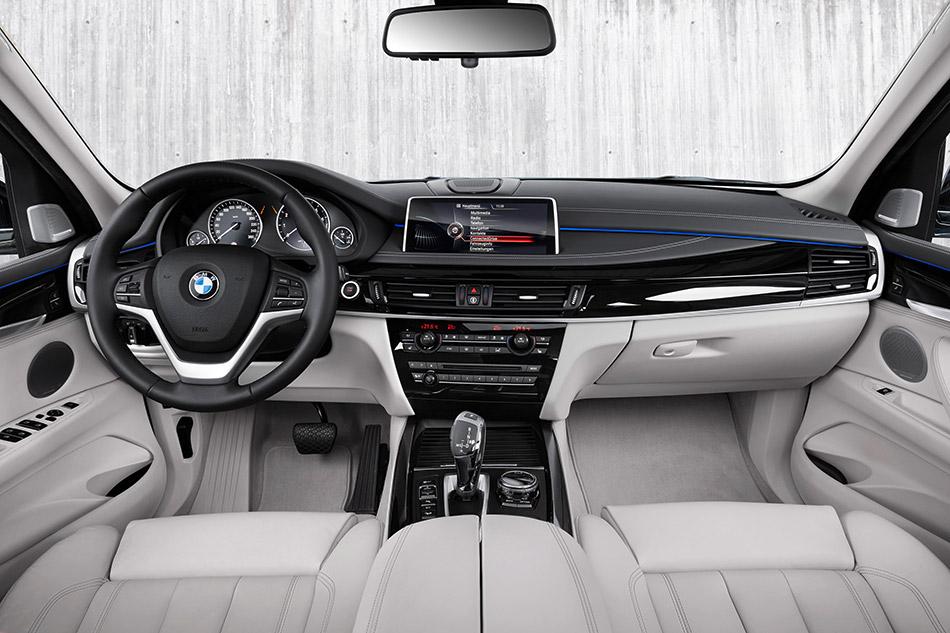 2016 BMW X5 xDrive40e Interior