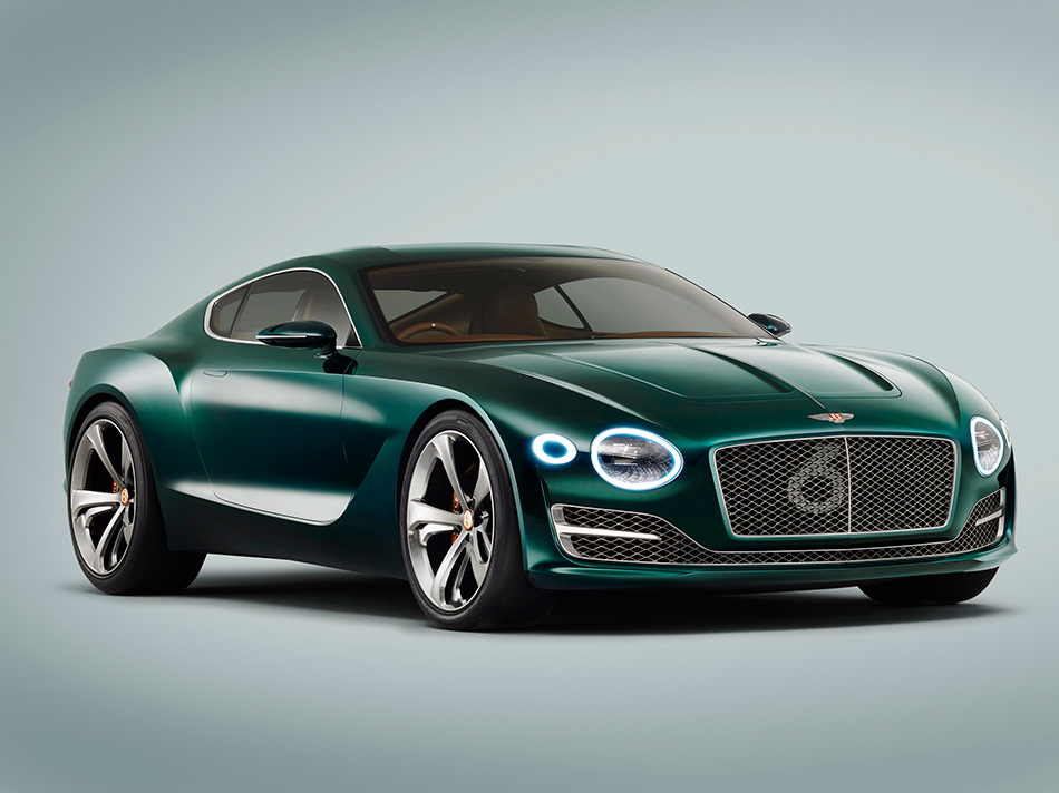 2015 Bentley EXP 10 Speed 6 Concept Front Angle