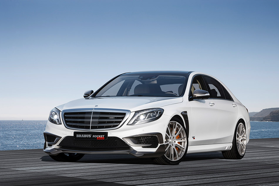 2015 Brabus Mercedes-Benz S65 Rocket 900 Front Angle