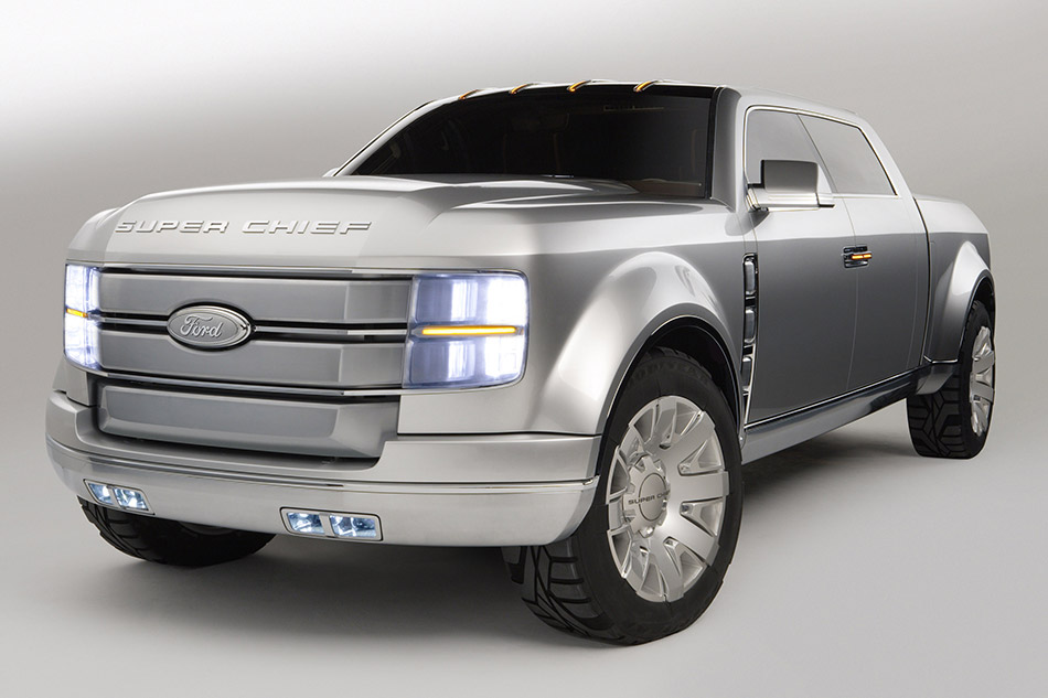 2006 Ford F-250 Super Chief Concept Front Angle