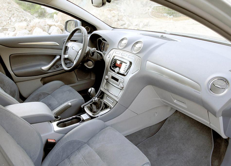 2007 Ford Mondeo Interior