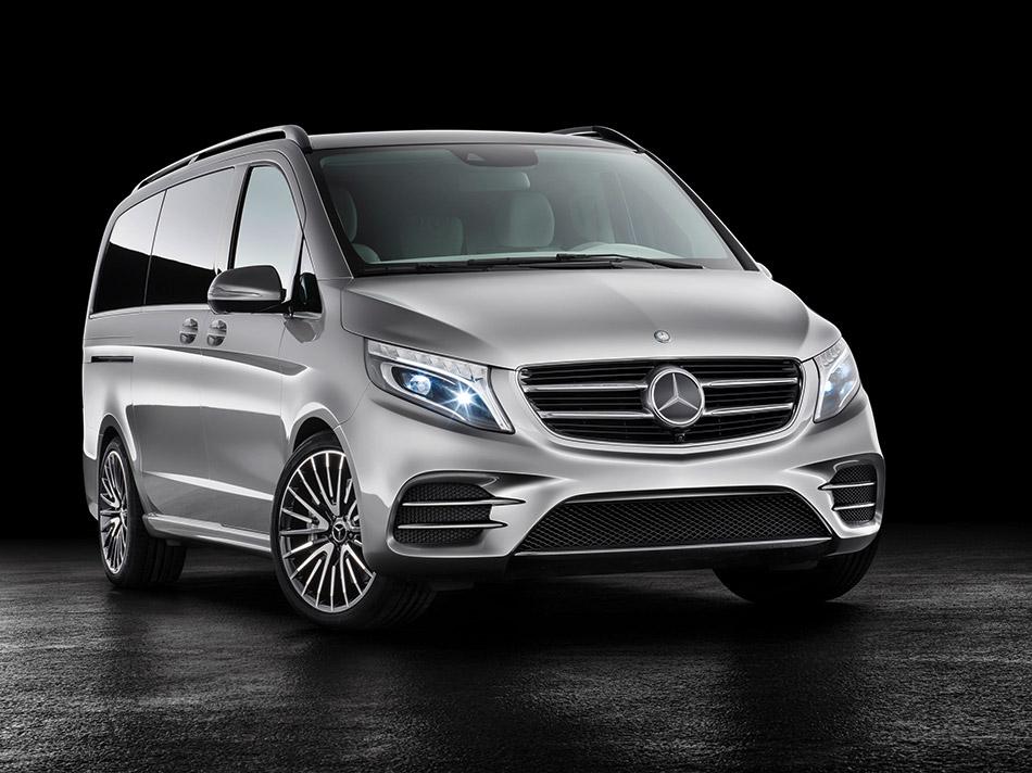 2015 Mercedes-Benz Vision e Concept Front Angle