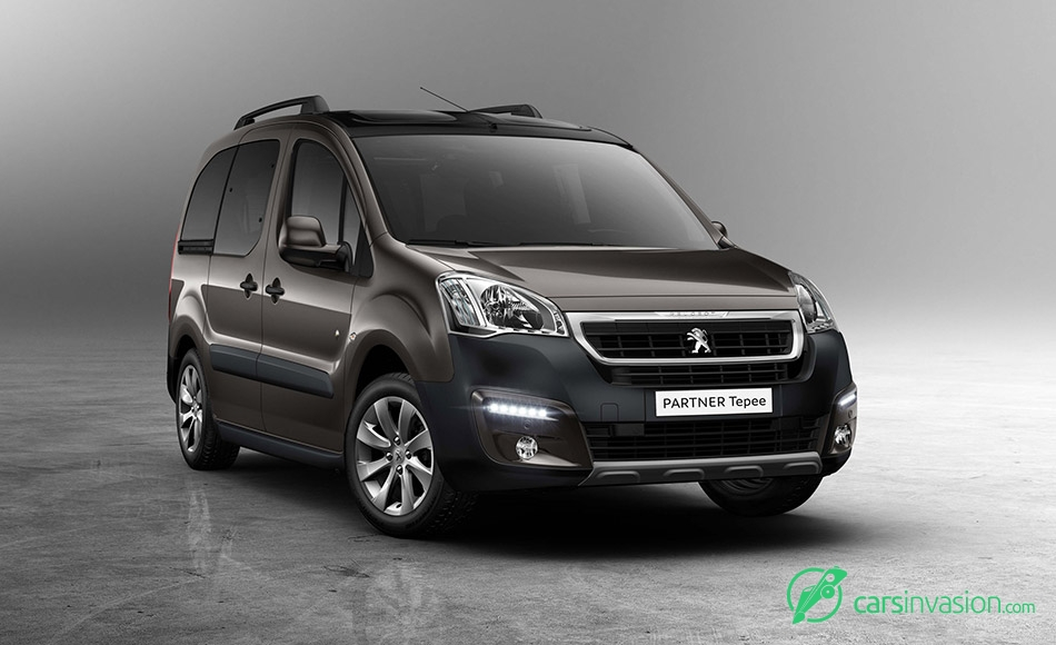 2015 Peugeot Partner Tepee Front Angle