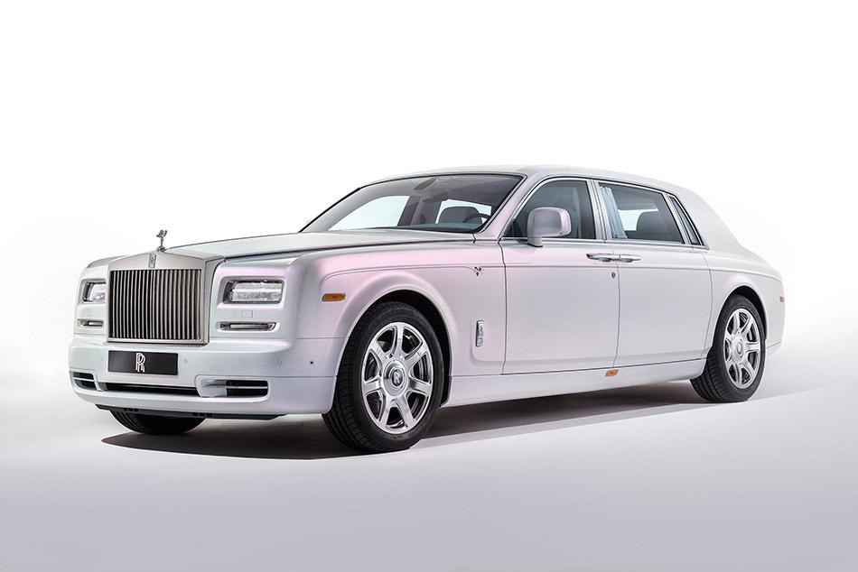 2015 Rolls-Royce Phantom Serenity Front Angle
