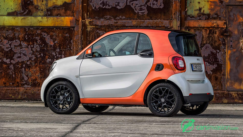 2016 Smart ForTwo Rear Angle