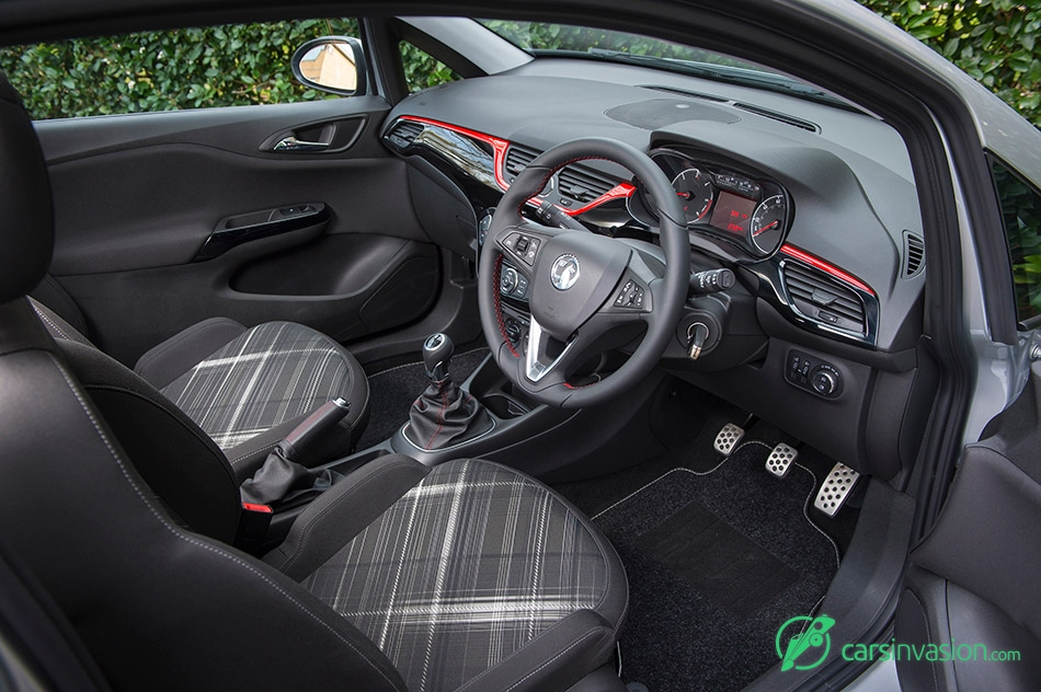 2015 Vauxhall Corsavan Interior