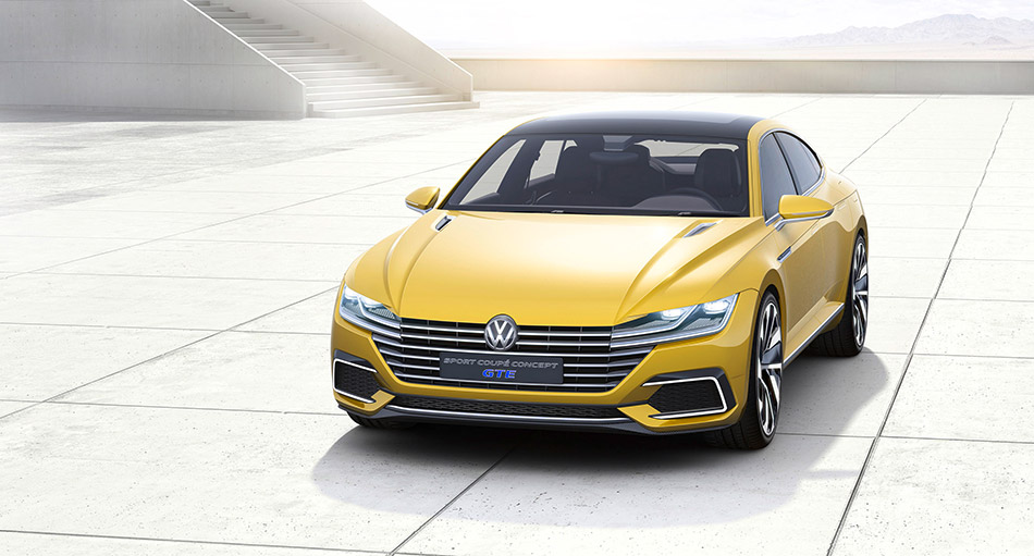 2015 Volkswagen Sport Coupe GTE Concept Front Angle