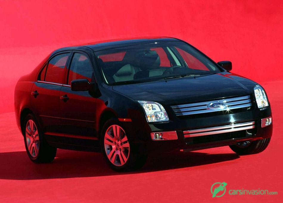 2006 Ford Fusion SES V6 Front Angle