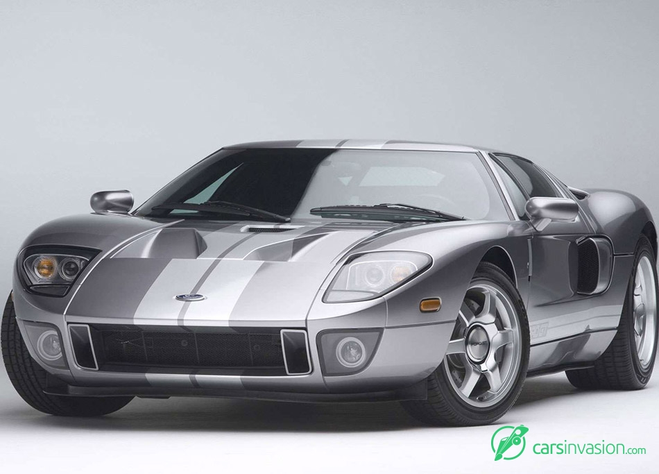 2006 Ford GT Front Angle