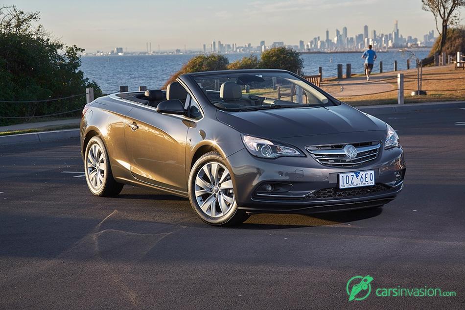 2015 Holden Cascada Convertible Front Angle