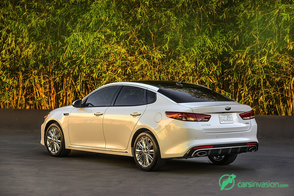 2016 Kia Optima Rear Angle
