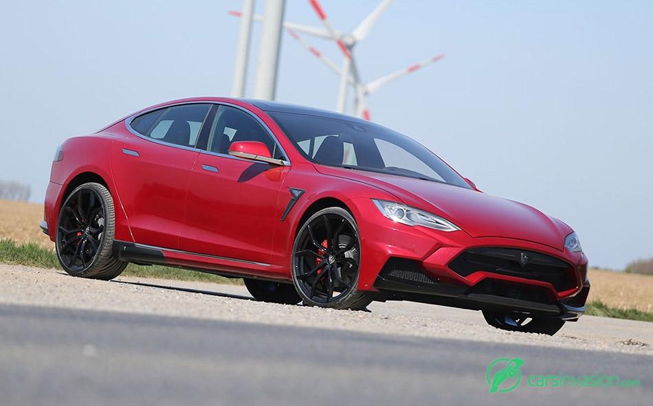 2015 Larte Tesla Model S Elizabeta Front Angle