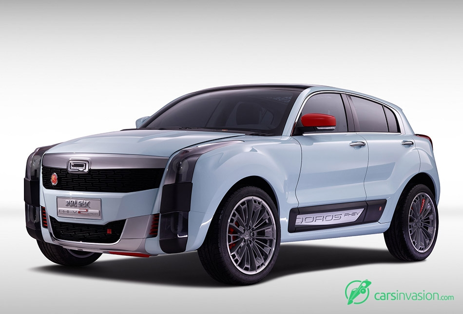 2015 Qoros 2 SUV PHEV Concept Front Angle