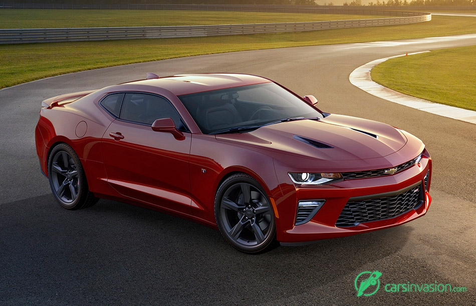 2016 Chevrolet Camaro Front Angle