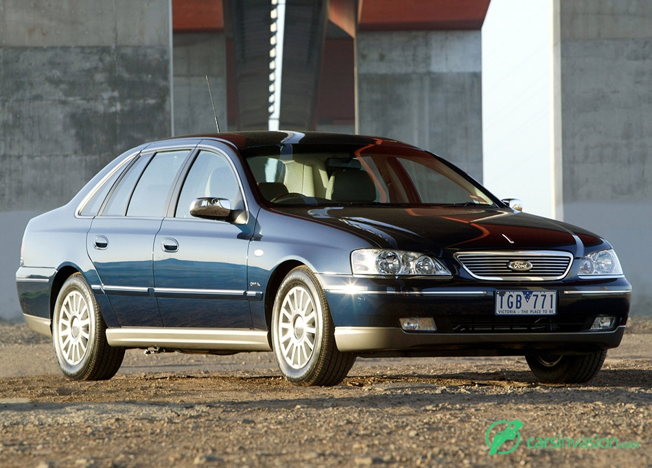 2005 Ford BA Fairlane Ghia MkII Front Angle