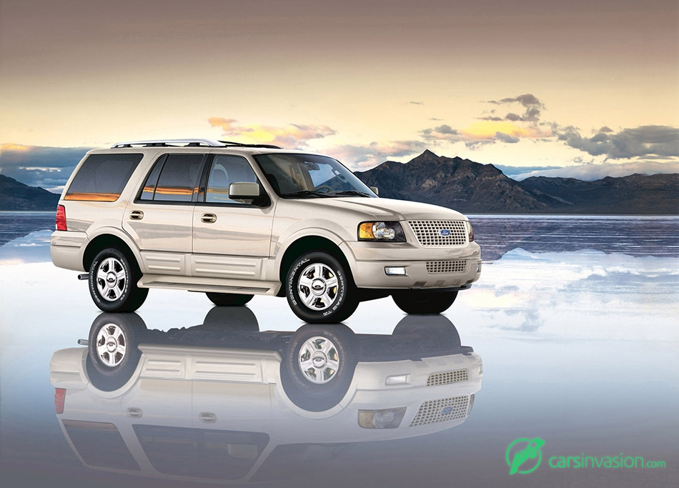 2006 Ford Expedition Front Angle