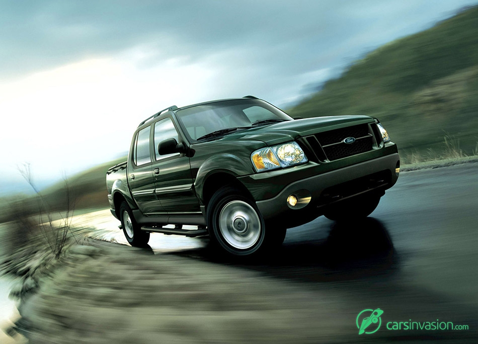 2003 Ford Explorer Sport Trac Front Angle