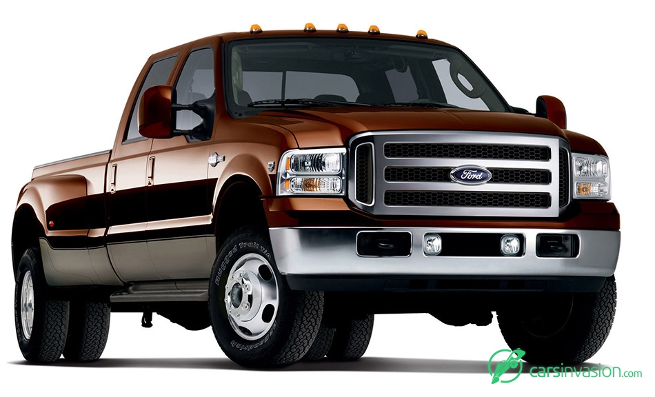 2006 Ford F-350 Front Angle