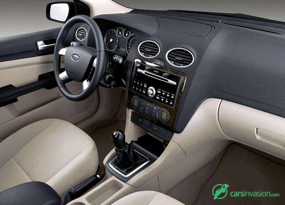 2004 Ford Focus 3door European Version Interior